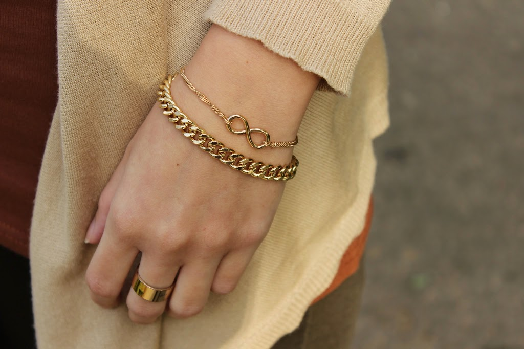 bezaubernde nana, fashionblog, germany, outfit, goldenes infinity unendlichkeitszeichen armband, goldenes ketten armband, goldener ring, h&m, schmuck
