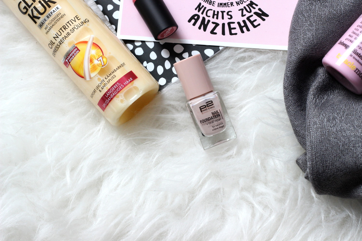 bezaubernde nana, fashionblog, germany, beauty, p2 nail foundation