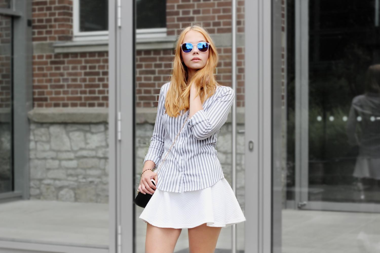 bezaubernde nana, fashionblog, modeblog, germany, deutschland, outfit, streetstyle, steifen bluse h&m, weißer rock h&m, weiße plateau sneaker new look, schwarz weiße tasche new look, spiegel sonnenbrille puzzle sunglasses, sommer outfit