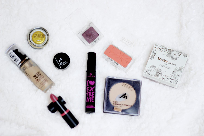 bezaubernde nana, bezauberndenana.de, fashionblog, beautyblog, germany, deutschland, beauty, Make-Up für Weihnachten, goldenes Make-Up, kosmetik, make-up