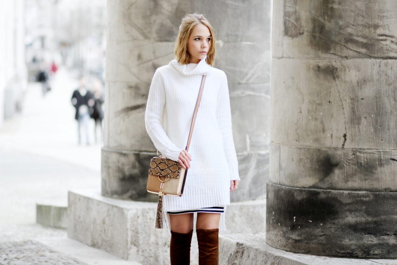 bezauberndenana fashionblog mode streetstyle outfit langer strickpullover braune overknees. Black Bedroom Furniture Sets. Home Design Ideas
