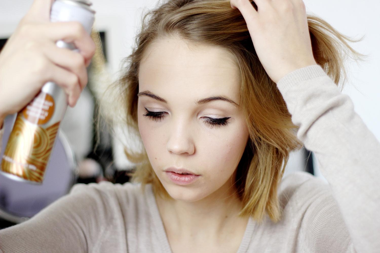 Bezaubernde Nana, bezauberndenana.de, Fashionblog, Beautyblog, Bastiste Trockenshampoo Hint of Colour, Erfahrung, Test, Review, Trockenshampoo für braunes Haar, Haarpflege