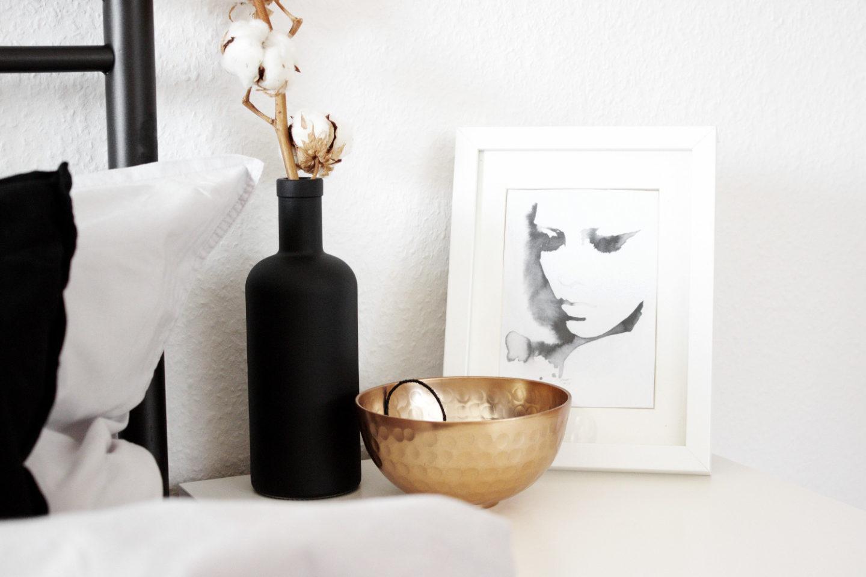schlafzimmer einrichtung bett minimal interior dekoration wohnen schwarz weiss kupfer. Black Bedroom Furniture Sets. Home Design Ideas