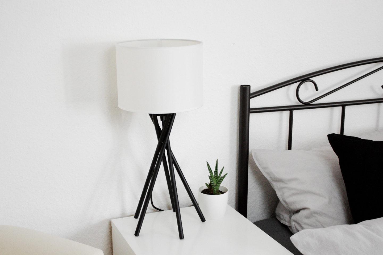 Schlafzimmer einrichtung bett minimal interior dekoration for Wohnen dekoration
