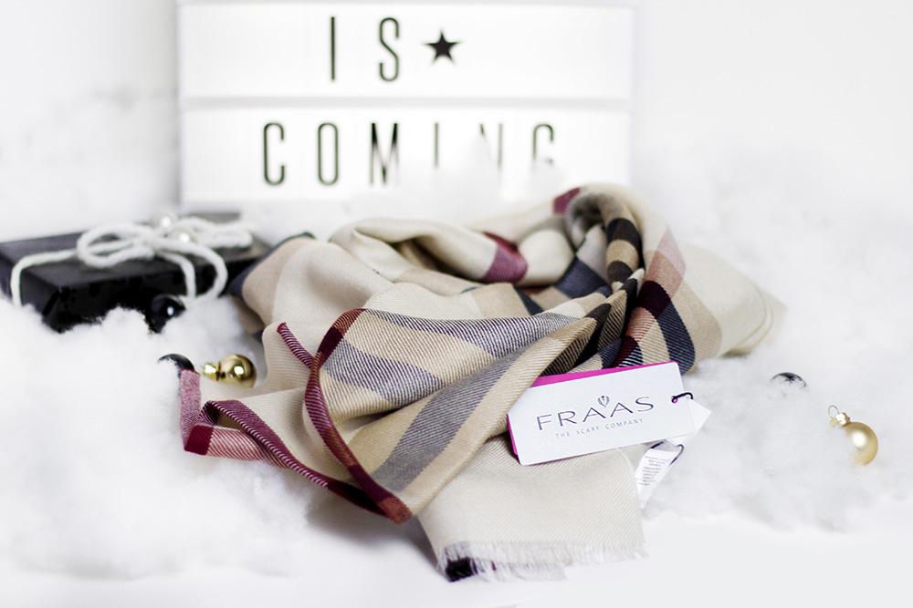 [Bezaubernde Weihnachten Gewinnspiel] Luxuriöser Schal von Fraas im Wert von 100€