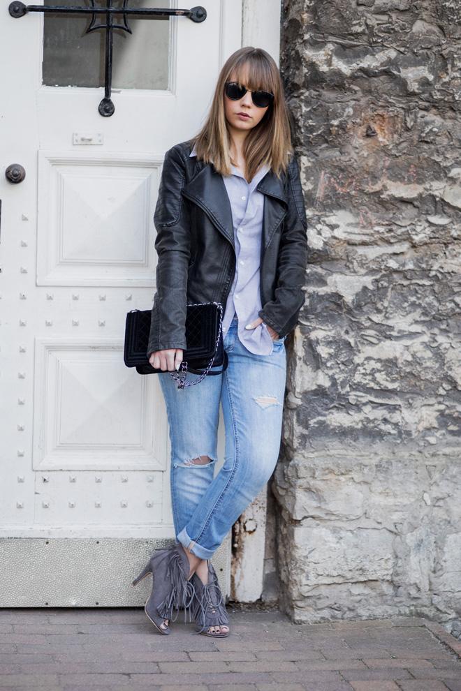 boyfriend style m nner hemd kombinieren oversize jeans lederjacke fransen heels chanel lookalike. Black Bedroom Furniture Sets. Home Design Ideas