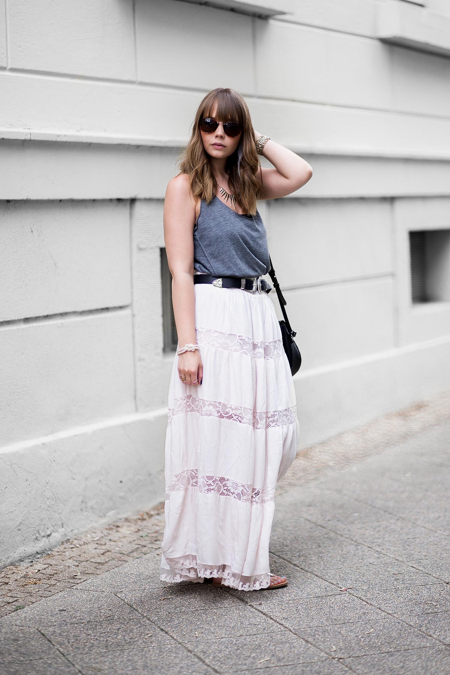 Boho Outfit, Rosa Maxirock mit Spitze, Hippie Style, 70s Outfit, bezauberndenana.de
