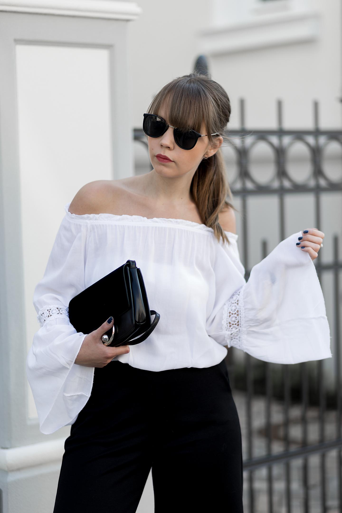 outfit-mit-culotte-weiße-off-shoulder-bluse-schwarze-mules-h&m-sommer-frühling-streetstyle-bezauberndenana-10