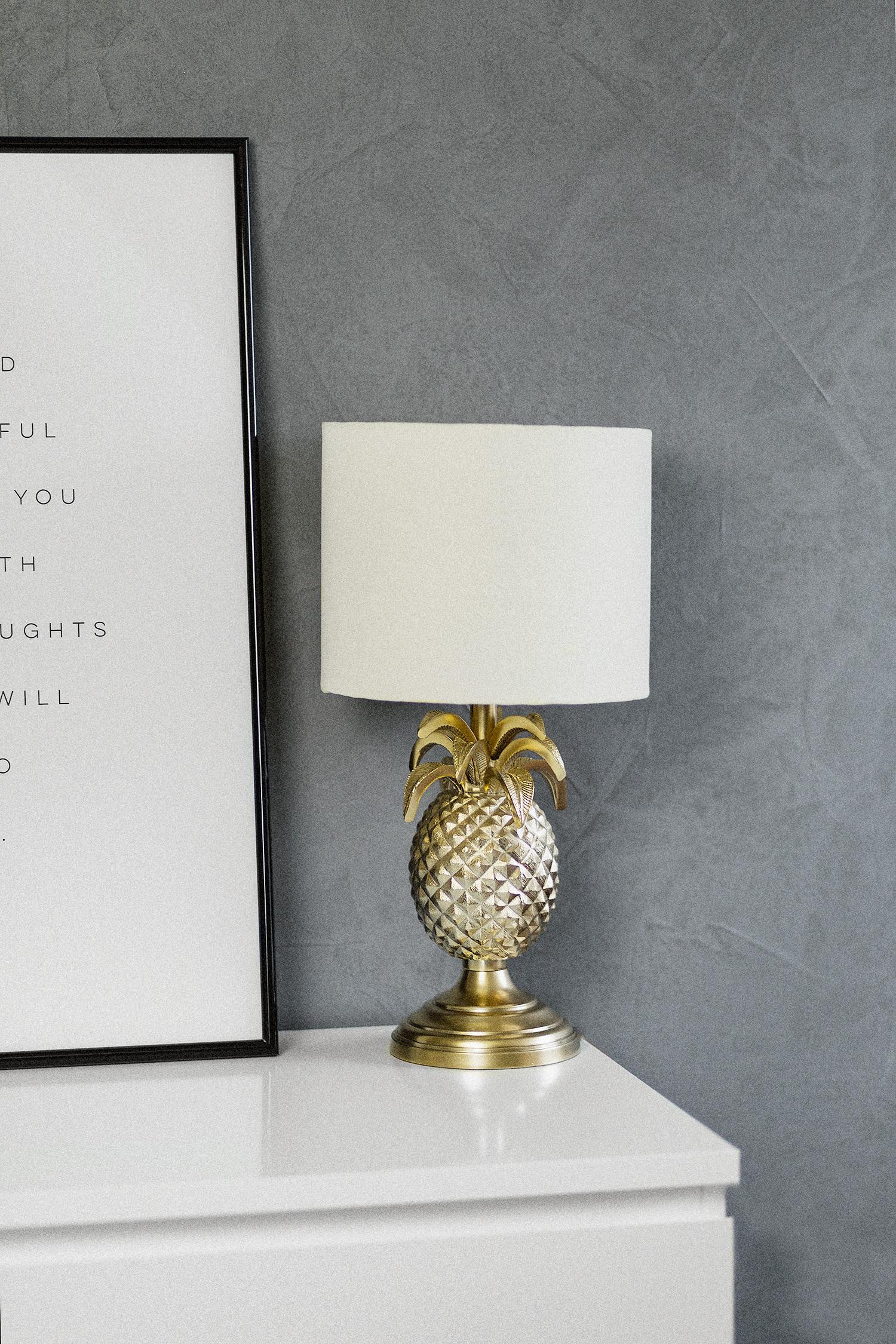 Oktober Favoriten 2017, Monatsrückblick, Pineapple Lampe von Miraluz, Westwing, goldene Ananas Lampe, bezauberndenana.de