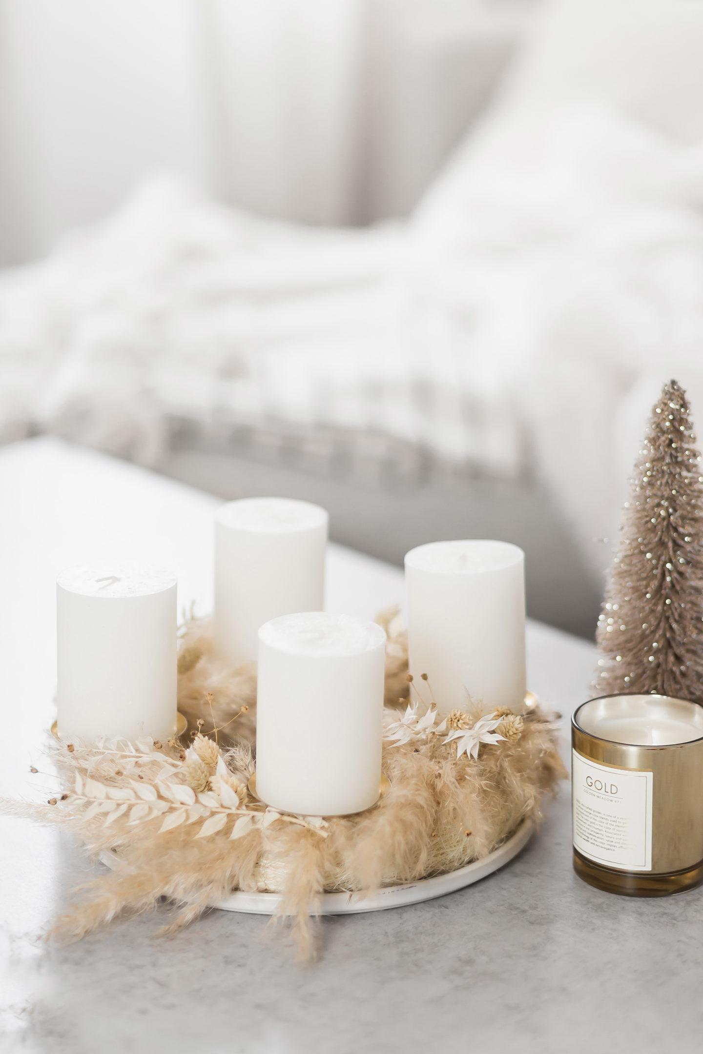 Einfacher DIY Adventskranz aus Trockenblumen, moderner Adventskranz, Adventskranz selber machen, Weihnachtsdeko, bezauberndenana