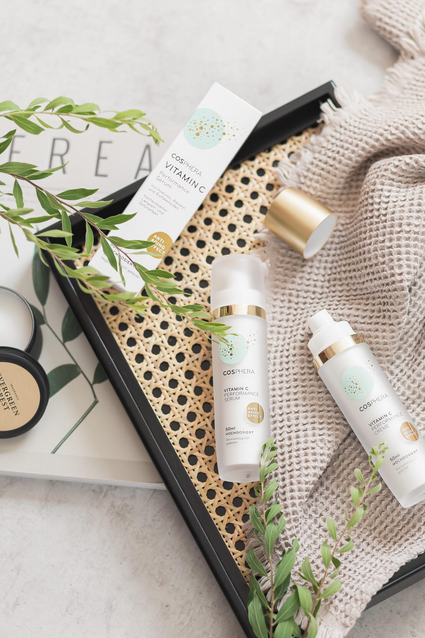 Cosphera Hautpflege im Test, Vitamin C Performance Creme und Serum, vegan und natürliche Hautpflege, Hautpflege im Sommer, Cosphera Erfahrungen, Bezaubernde Nana